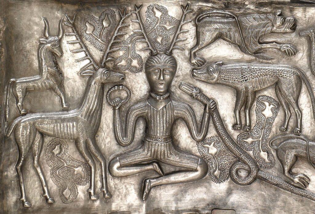 Кернунн. Изображение на серебряном котле из Гундеструпа, между 200 до н.э. и 300 н.э.
